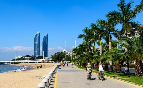 teach English in Xiamen